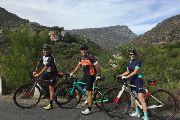 Bains Kloof Pass Threesome Road Cycle Tours